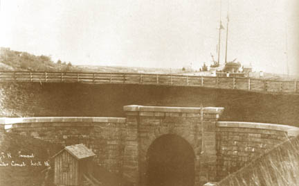 Tunnel in 1886